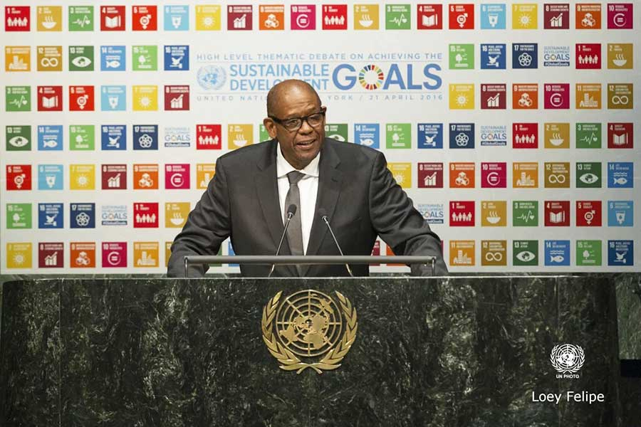 """Forest Whitaker: """"I'm Here to Help you Take Action"""""""